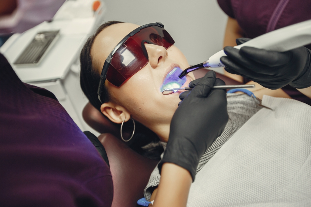 Airflow si detartraj la Clinica Andra Smile Buzau